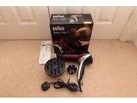 Hair dryer: Braun Satin Hair 7 HD770, 2000W with 3 attachments