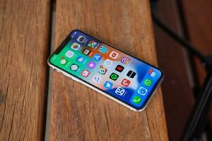 iPhone X 64gb Silver. Wanting to Buy!!