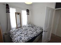 BEAUTIFUL 4 DOUBLE Bedroom Mid Terraced House minutes walk from Wood Green Tube Station
