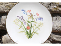 Vintage HandPainted Decorative Display Plate Summer Flower Joan M Richardson 1985 Art