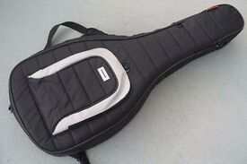 Mono M80 Semi-Hollow Gig-Bag/Guitar Case in excellent condition