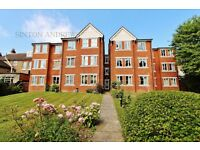 1 bedroom flat in Bampton Court, Blakesley Avenue, Ealing, W5