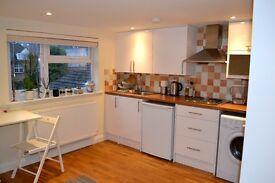 Beautiful,modern Studio flat in Hendon.All bills included!