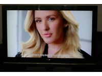 "26"" SONY BRAVIA KDL26S3000 HD LCD TV WITH BUILT IN FREE VIEW IN GREAT CONDITION."