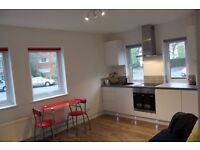 Lovely 2 bed flat available in super condition in desirable area of Bedford