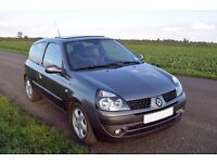 Renault Clio 1.5 dCi 80hp - great condition, MOT til Aug 2017 metallic paint/alloys, £20 road tax!