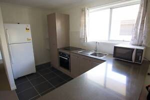 Fully furnished Modern 2-Bedroom Apartment Studio Coopers Plains Brisbane South West Preview