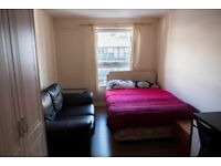 Lovely Double Bedroom available to let. Walking distance to the city center