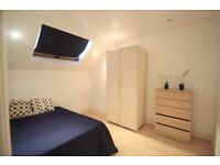 LOVELY LARGE DOUBLE ROOM TO RENT IN KING CROSS LOVELY LOCATION NEARBY THE TUBE STATION. 33C
