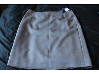 ladies autonomy skirt, size 16 petite BNWT