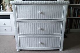 Lovely white chest of drawers - excellent condition **REDUCED**