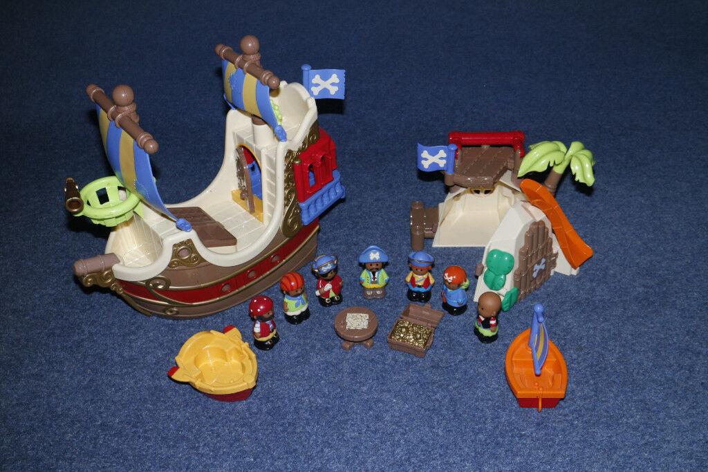 Happyland Pirate Ship and Pirate Island bundle
