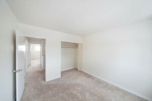 RENT A 3 BEDROOM FOR THE PRICE OF 2 - Near Shopping &... Edmonton Edmonton Area image 5