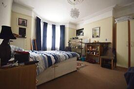 2 bedroom flat in Glenthorn Road, Jesmond, Newcastle Upon Tyne, NE2