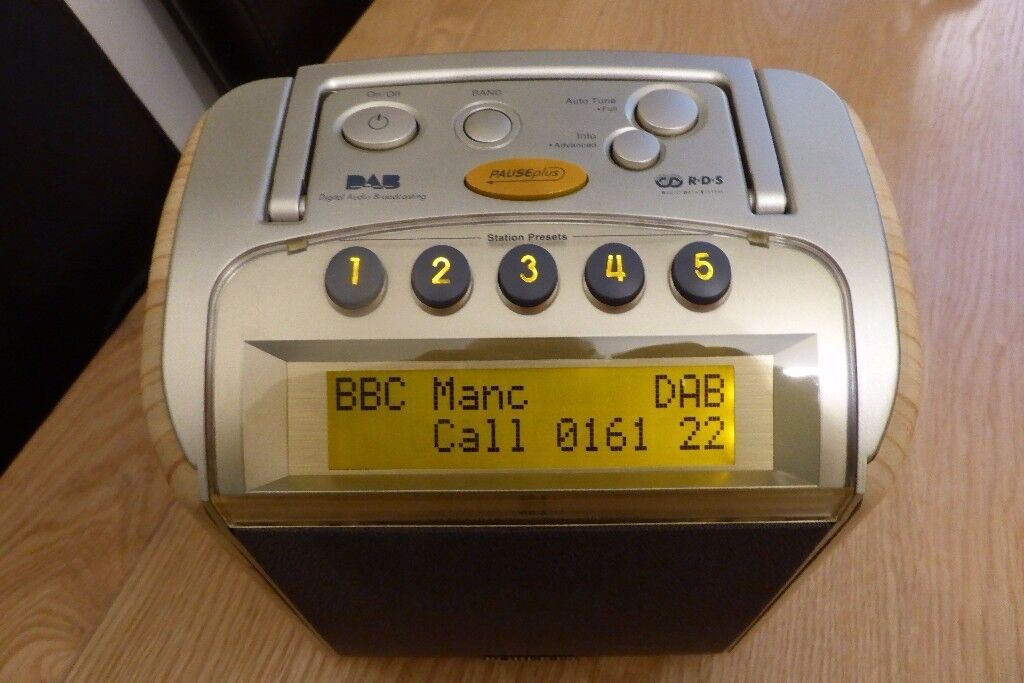 ROBERTS RD8 PREMIUM DAB/FM/RDS RADIO WITH REWIND
