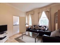 SHORT/LONG LET. DELIGHTFUL 2 BEDR FLAT WITH INTERNET & GDNS. CLOSE TO TUBE.PICADILLY/DISTRICT LINES.