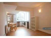 1 bedroom flat in Regents Park Rd, London , N3 (1 bed) (#1222499)