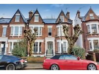 A Two Bedroom Edwardian Conversion With A Private Gardens & It's Own Entrance