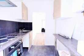 Gorgeous 3 bed Converted Flat in SW4