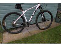 Zaskar mountain bike