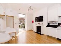 BEAUTIFUL 2 DOUBLE BEDROOM APARTMENT WITH ROOF TERRACE MOMENTS FROM CHALK FARM & KENTISH TOWN