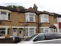 magnificent 3/4 bedroom terraced house located in the heart of Edmonton