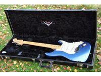 Fender Stratocaster Deluxe Custom Shop - Mint, Like New