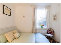 Can you look after my cats for 6 weeks for reduced rent? Beautiful 2 bed garden flat April/May