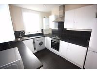 Spacious 2/3 Bed Split Level Maisonette, Period House in Kentish Town/Chalk Farm with fitted ktichen