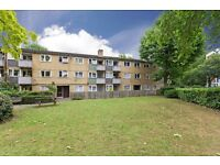 Spacious 2 double bed flat in Clapham Junction