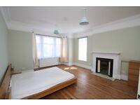 Available for 2016-17 academic year a 4/5 bed 1st floor flat close to Ealing Common Station