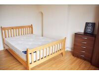 Amazing Location - Large King / Double Rooms To Rent In Bethnal Green E2 **ALL BILLS INCLUDED**