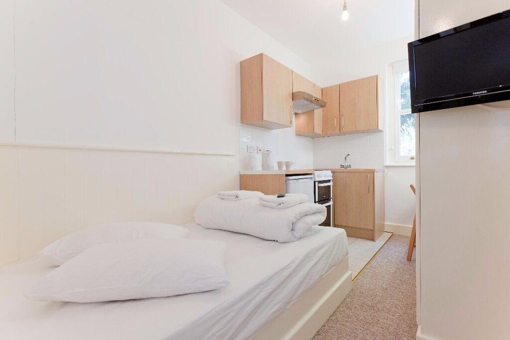 Double Studio Swiss Cottage £330 per week all bills