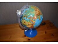 GENUINE HOUSE MARTIN VINTAGE DUAL PURPOSE ILLUMINATED GLOBE WITH MAGNIFIER EXCELLENT CONDITION