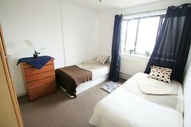 NICE TWIN ROOM IN TUFNELL PARK. £175 PW. PERFECT TO SHARE// 96D
