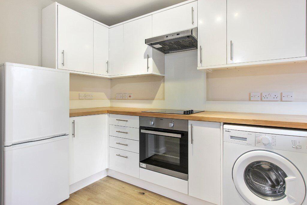 *Newly Renovated 1 Bedroom Apartment - Bermondsey*