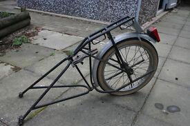 Single-wheel bicycle touring trailer
