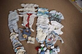 0-3 months boys clothes bundle (31 items plus)