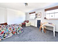 Parkway NW1: Two/Three Bedroom Apartment / Separate Kitchen / Family Bathroom /Available 15th August