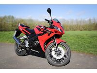HONDA CBR 125 R 2008 REDUCED FOR QUICK SALE / VERY LOW MILES / STUNNING BIKE / FIRST TO SEE WILL BUY