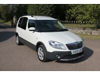 EXCELLENT SKODA Roomster 1.6 TDI CR Scout MPV 5dr Diesel A/C - FSH - 2013 White