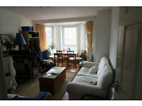 Nice 3 bed flat in Ada place, London,E2 Very nice condition.