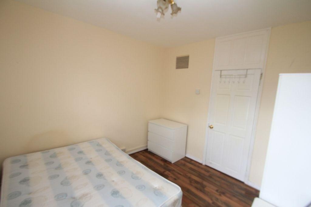Cozy size room in Poplar E14