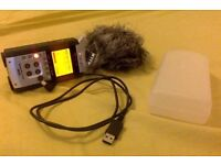Zoom H4n Recorder Handy Pro Digital Audio 4 Portable Channel Multitrack Audio