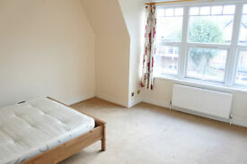 Huge 3 double bedroom flat in Muswell Hill