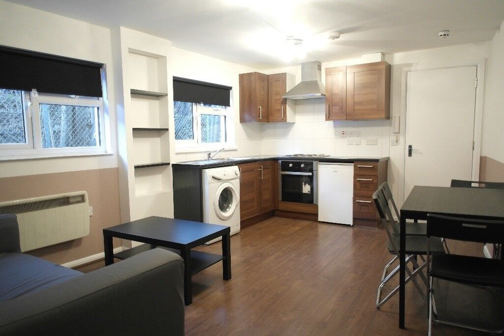 FANTASTIC 2 BED FLAT IN BRUCE GROVE/SEVEN SISTERS
