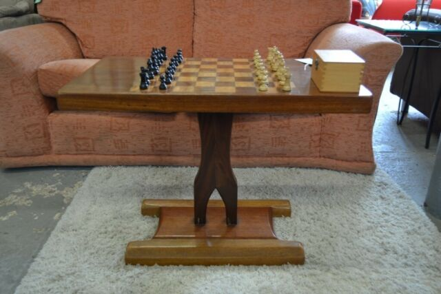 Enjoyable Coffee Table With Chess Board Top And Chess Pieces Gt 323 In Sheffield South Yorkshire Gumtree Ncnpc Chair Design For Home Ncnpcorg