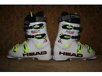 Junior HEAD Raptor 70 ski boots for children. Size 25.0/25.5 (39 or 40; UK 6 – 6.5)
