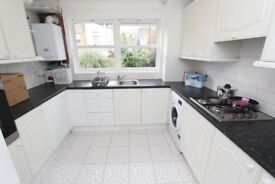 3 AMAZING rooms in GREENWICH !