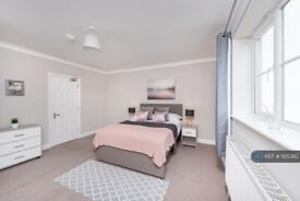 1 bedroom in Mountcombe House, London, SW19 (#1125382)